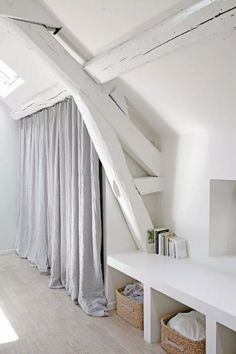 Startling Tips: Attic Shelves Laundry Rooms attic house remodeling ideas. Design Room, House Design, Interior Design, Attic House, Attic Closet, Small Space Living, Small Spaces, Attic Bedrooms, Living Room Grey