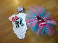 personalized onsie set with hairbow and tutu by DIVABABIESBOWTIQUE, $30.00