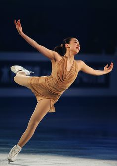 ISU Grand Prix of Figure Skating Final 2013/2014 - Day Four FUKUOKA, JAPAN - DECEMBER 08: Mao Asada of Japan performs her routine in the Gala during day four of the ISU Grand Prix of Figure Skating Final 2013/2014 at Marine Messe Fukuoka on December 8, 2013 in Fukuoka, Japan. (Photo by Atsushi Tomura/Getty Images)