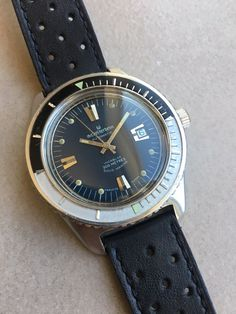 Skin diver Michel Herbelin 41mm vintage 1960s automatic diver watch bakelite Vintage Watches Women, Vintage Ladies, Watches For Men, Philip Watch, Skin Diver, Ladies Bangles, Gold Bracelet For Women, Gold Plated Bangles, Seiko Automatic