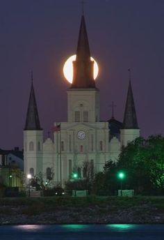 Moonset atrás de Saint Louis Cathedral, New Orleans, Louisiana por Joao.Almeida.d.Eca