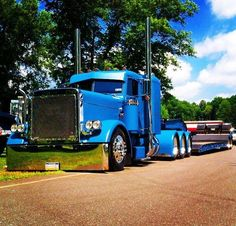 Tricked out tri axle Peterbilt