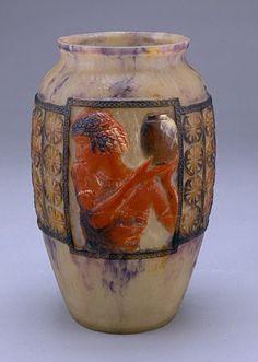 Gabriel Argy-Rousseau (1885-1953), Pâte de verre, Vase.