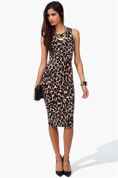 Queen Leopard Dress in Brown