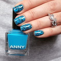 Under the sea. Published in our Douglas Beauty Community DE and created by: Chris      #douglasbeautycommuity #blue #douglas #nails #anny #nailart