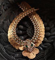 GOLD DIAMOND NECKLACE – Navrathan