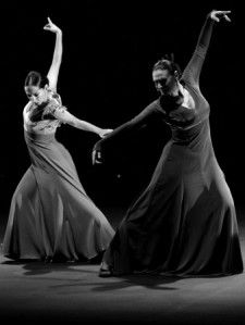 """garcia-daniel-spanish-flamenco-dancers-merche-esmeraldFlamenco is comprised of four elements: cante (voice), baile (dance), toque (guitar) and jaleo, which more or less translates to """"hell raising. Shall We Dance, Lets Dance, Tango, Gypsy Culture, Cultural Dance, Human Poses Reference, Figure Reference, Flamenco Dancers, Flamenco Dresses"""