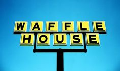 The 21 Most Visited Waffles Houses In America Paleo Diet Book, Southern Breakfast, Houses In America, Waffle House, Usa Holidays, Panera Bread, Healthy Food To Lose Weight, Good Foods To Eat, Open Fires