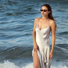 Gigi Hadid Outfits, Summer Aesthetic, Vivien Leigh, Bella Hadid, Celebs, Celebrities, Girl Crushes, Fashion Photography, Photos