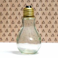 How to make an easy Japanese Marimo moss ball DIY light bulb aquarium.