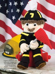 W681 Crochet PATTERN ONLY Firefighter Pottie Peeker Toilet Tissue Disp