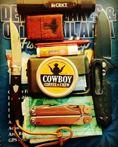 What's in your Go to Survival Kit? Cool Picture by @stormylntz Check them Out https://www.instagram.com/stormylntz/ Team Cowboy Coffee Chew #knife #survival