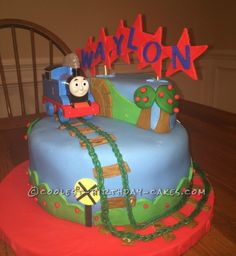 Coolest Last Minute Thomas the Train Cake...