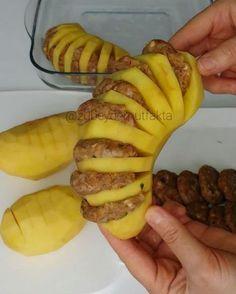 Malzemeler ; 4-5 adet orta boy patates (Benimkiler biraz büyüktü. Orta boy daha hoş oluyor) 400 gr kıyma 1 orta …