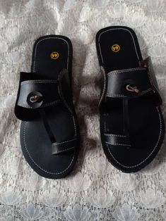 Used Tires, Leather Sandals Flat, Mens Slippers, Dark Brown Leather, Gifts For Father, Leather Men, Men's Sandals, Greek Sandals, African Fashion
