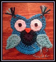 It's A Hoot Owl Applique - Crochet Pattern by @LoopingWithLove | Featured at Looping with Love - Sponsor Spotlight Round Up via @beckastreasures | #fallintochristmas2016 #crochetcontest #spotlight #crochet #roundup