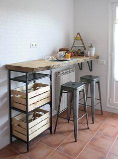 DIY Barra de madera raw para nuestra cocina, DIY Raw Wood Bar for our Kitchen, Stylish Kitchen, Diy Kitchen, Kitchen Decor, Kitchen Design, Kitchen Cart, Cheap Home Decor, Diy Home Decor, Decoration Crafts, Refacing Kitchen Cabinets