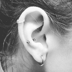 Also an option to complement my snug piercing, helix Tragus, Cartilage Earrings, Labret, Birthstone Jewelry, Gemstone Jewelry, Tattoo Prices, Septum Jewelry, Nose Hoop, Finger Piercing