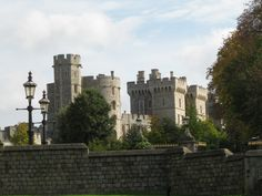 Windsor Castle, Windor, England Windsor Castle, Beautiful Places, British, England, Europe, Spaces, Country, Building, Travel