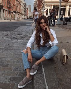 "Gefällt 104.4 Tsd. Mal, 529 Kommentare - Negin Mirsalehi (@negin_mirsalehi) auf Instagram: ""Casual moments spent in casual looks. Love spending time in the city. @ZCDmontreal #ZCDMontreal"""