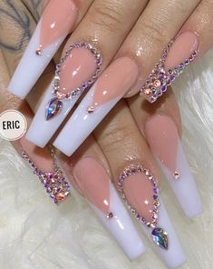 The white nails look very clean and impressive. White nails are a classic choice, adding a touch of refinement to your style. Here, we have sorted out our favorite white coffin nail design list, so that you have enough nail creativity. Bling Acrylic Nails, White Acrylic Nails, Best Acrylic Nails, Rhinestone Nails, Acrylic Nail Designs, Gel Nails, Nail Polish, Pink Bling Nails, Bling Nail Art