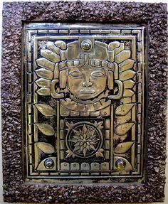 EL DORADO - Quadro artístico em repujado, produzido sobre latão, com medida 40X50cm. A decoração das bordas foi realizada com pequenas pedras que receberam a aplicação de betume da judéia e pastas metálicas.