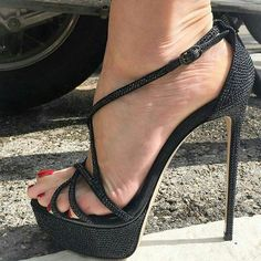 Technically not mules, but quite hot #highheelbootsankle