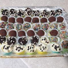 Pralines - Praline al mascarpone Eid Cookies Recipe, Cookie Recipes, Dessert Recipes, Mini Desserts, Delicious Desserts, Torte Cake, Italian Cookies, Sweet Cakes, No Bake Cake