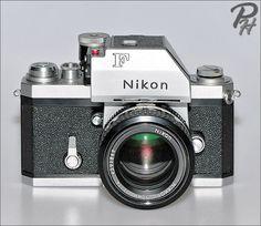 26 Incredible Nikon Camera And Lens Nikon Camera With Video Nikon Film Camera, Cameras Nikon, Nikon Dslr, Canon Lens, Nikon Mirrorless, Nikon Digital Camera, Classic Camera, Gopro Photography, Vintage Cameras