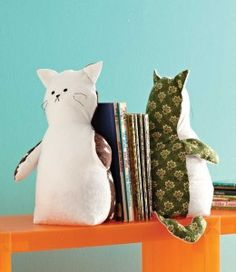 Free Sewing Project: Book Mate