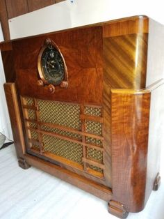 404 Best Old Radios And S On Pinterest In 2018 Antique. Vintage 1938 Zenith 12s268 Console Tube Radio Deco Styel Antique Does Play. Wiring. Zenith Tube Radio Schematics 1938 At Scoala.co