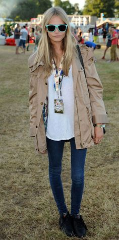 Cara Delevingne Style - Best Dresses and Fashion Outfits   Grazia Fashion
