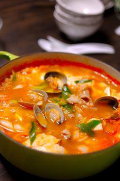 [CasaGiardino] ♛ Lets Eat Korean Food: Photo Korean Dishes, Korean Food, Asain Food, Tofu Soup, Asian Recipes, Healthy Recipes, K Food, Gula, Asian Soup