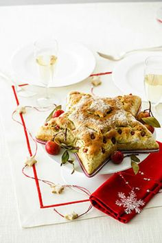 Stella ai pistacchi con dadini di coppa Un classico antipasto natalizio gustoso e saporito