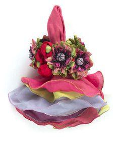 H7PS5 MacKenzie-Childs Cutting Garden Napkin Bouquet