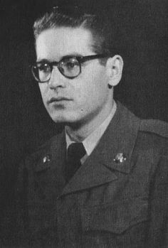 Bill Evans during his time in the military, 1959 Jazz Artists, Jazz Musicians, Music Artists, Jazz Blues, Blues Music, Sheet Music Pdf, Bill Evans, Piano Player, Jazz Guitar