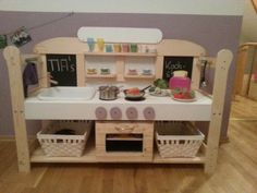 1000 bilder zu kinderk che kaufladen ideen diy kids kitchen toy shop auf pinterest. Black Bedroom Furniture Sets. Home Design Ideas