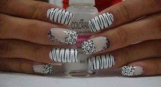 16 Diseños de Uñas de Cebra en Blanco y Negro - ε Diseños e Ideas originales para Decorar tus Uñas з