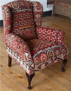 R5989 Wing Kilim Chair