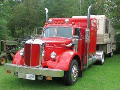 Antique Mack truck with modern updates Old Mack Trucks, Big Rig Trucks, Semi Trucks, Cool Trucks, Heavy Duty Trucks, Heavy Truck, Train Truck, Vintage Trucks, Antique Trucks