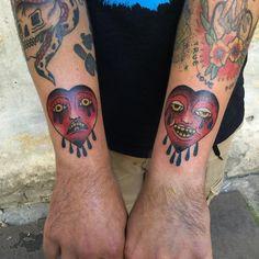 Słaba fota💩 , Smuteczek i radocha, całość z dziś, dziena raz jeszcze! @kmuminek #tattoo #tatuaż  #warsawtattoo #hearttattoo  #oldschooltattoo #cool #lublin #traditionaltattoo #хоумтату #tattoed #blacktattooart #stoner #poland #warszawa #cryingheart #tattooworkers #polandtattoo #illustration #tattooapprentice #blacktattoo #blackworkers #apprenticetattoo #heart #onlyblackart #serce #darkartists