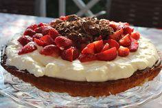 Olgas: Mazarinkage med vanillecreme og jordbær
