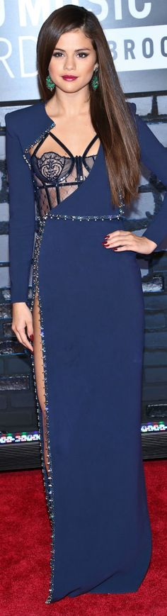 Selena Gomez dress - MT VMAs 2013. dont really care about selena gomez but i like this dress