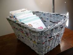 DIY inspiration: Woven basket made out of recycled newspaper. It really looks like wicker, doesn't it?