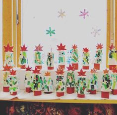 christmas tree from paper cups
