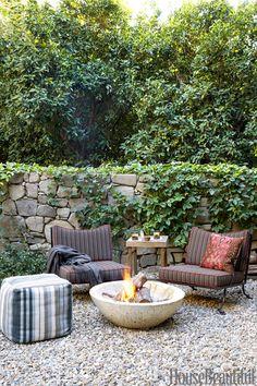 Garden Guerilla Ligstoel.24 Best Growing Things Images Small Gardens Backyard Fences