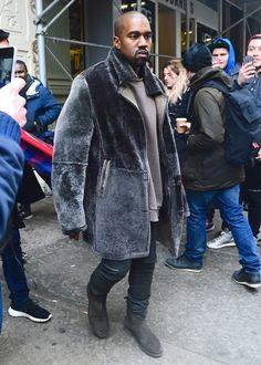 Yeezus Era Fits: Circa 2013 - Page 4 « Kanye West Forum Big Fashion, Mens Fashion, Street Fashion, Fashion Ideas, New Kanye, Kanye West Yeezus, Streetwear, Kanye West Style, Vans Style