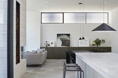 A Majestic South Yarra Home Gets A Masterful Update Australian Architecture, Australian Homes, Mim Design, Glass Pavilion, Melbourne House, Architecture Awards, Home Studio, Inspired Homes, Design Awards