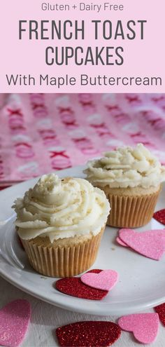 Toast Cupcakes with Maple Buttercream French Toast Cupcakes with Maple Buttercream perfect for Valentines Day! French Toast Cupcakes with Maple Buttercream perfect for Valentines Day! Clean Eating Desserts, Healthy Dessert Recipes, Delicious Desserts, Clean Eating Cupcakes, Healthy Sweets, Healthy Foods, Yummy Recipes, Cake Recipes, Vegan Recipes