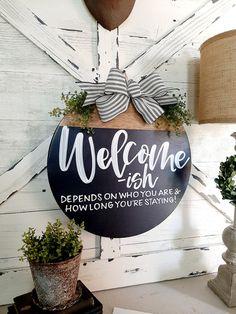 Front Door Signs, Porch Signs, Front Door Decor, Front Doors, Christmas Signs, Christmas Crafts, Christmas Ideas, Funny Signs, Funny Welcome Signs